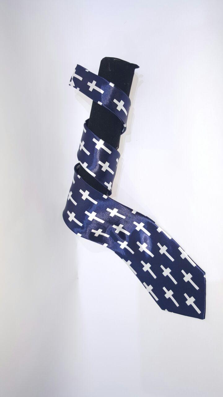 pastor tie